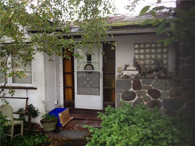 206 E 46th Avenue - Main House/Single Family for sale, 3 Bedrooms (V1091717)