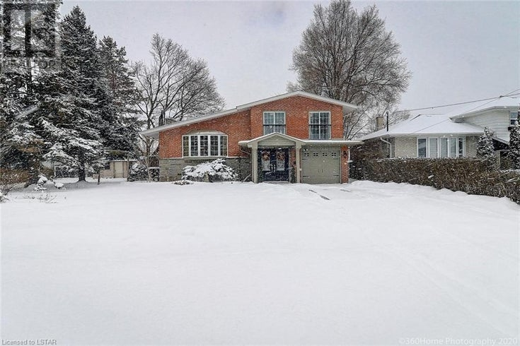 129 WYNDCLIFF CRESCENT - Toronto House for sale, 4 Bedrooms (244412)