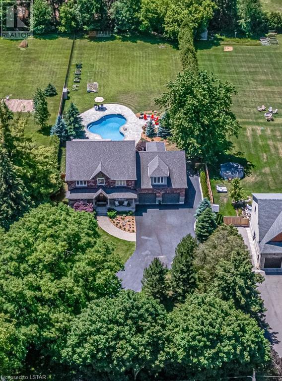 877 CENTRE Road - Hamilton House for sale, 4 Bedrooms (40133748)
