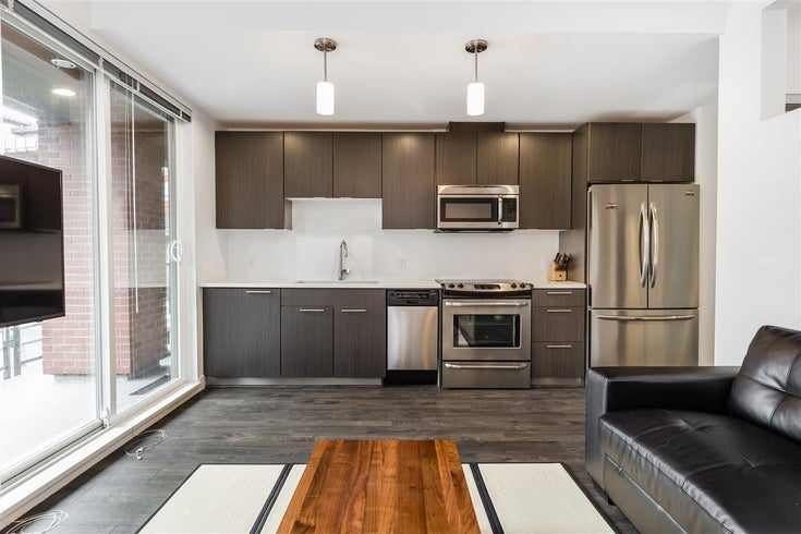 213 733 W 3RD STREET - Harbourside Apartment/Condo for sale, 1 Bedroom (R2413072)