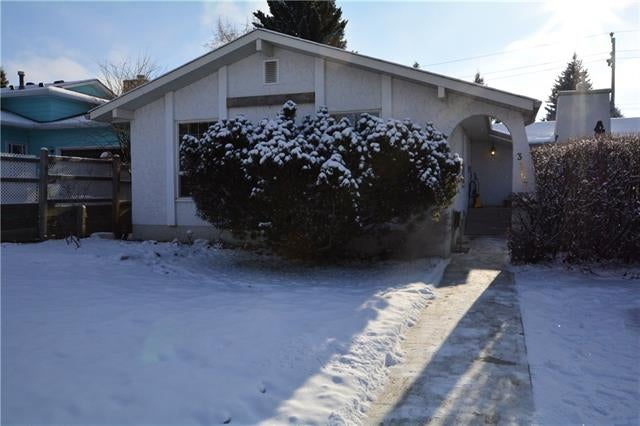 3307 BRETON CL NW - Brentwood Detached for sale, 4 Bedrooms (C4222970)