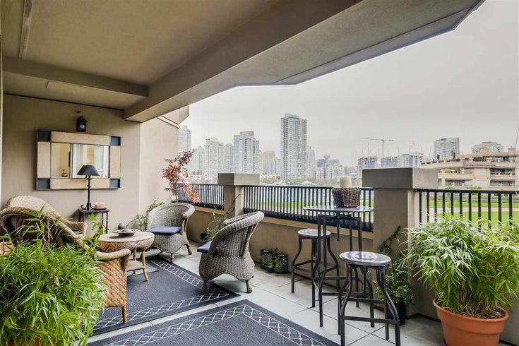 216 525 WHEELHOUSE SQUARE - False Creek Apartment/Condo for sale, 2 Bedrooms (R2245217)