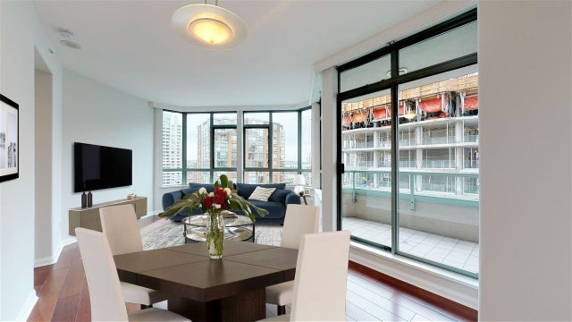 1106 1383 HOWE STREET - Downtown VW Apartment/Condo for sale, 2 Bedrooms (R2487206)