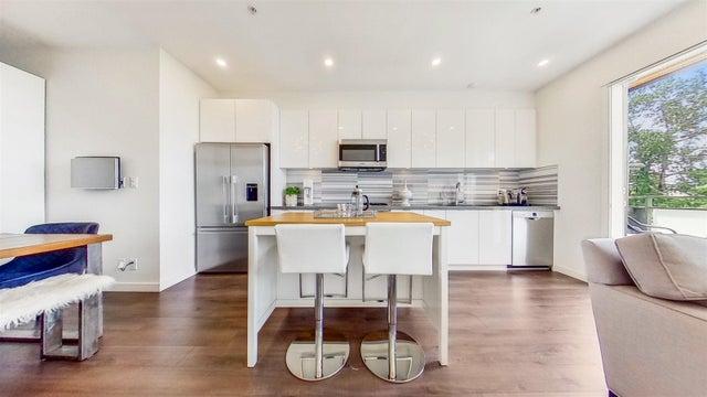 318 3138 RIVERWALK AVENUE - South Marine Apartment/Condo for sale, 2 Bedrooms (R2596543)