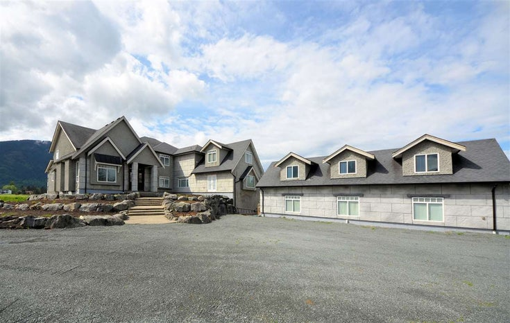 6185 BLACKBURN ROAD - Greendale Chilliwack House with Acreage for sale, 5 Bedrooms (R2452509)