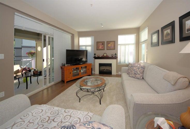 302 33328 E BOURQUIN CRESCENT - Central Abbotsford Apartment/Condo for sale, 2 Bedrooms (R2602873)
