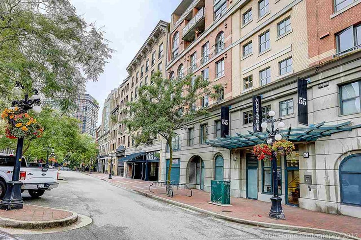 203 55 ALEXANDER STREET - Downtown VE Apartment/Condo for sale, 2 Bedrooms (R2190983)