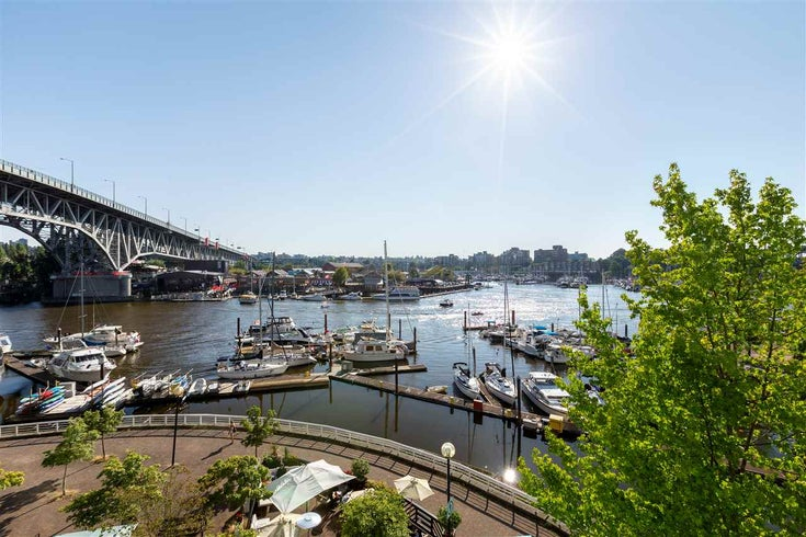 401 1600 Howe st  Vancouver - Yaletown Apartment/Condo for sale, 2 Bedrooms (R2505652)