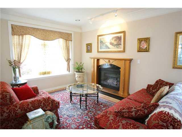 282 E 39TH AV - Main House/Single Family for sale, 6 Bedrooms (V963964)