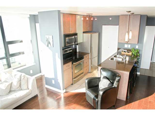 # 2806 909 MAINLAND ST - Yaletown Apartment/Condo for sale, 2 Bedrooms (V1001458)