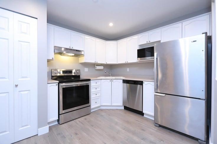 218 301 MAUDE ROAD - North Shore Pt Moody Apartment/Condo for sale, 2 Bedrooms (R2613531)