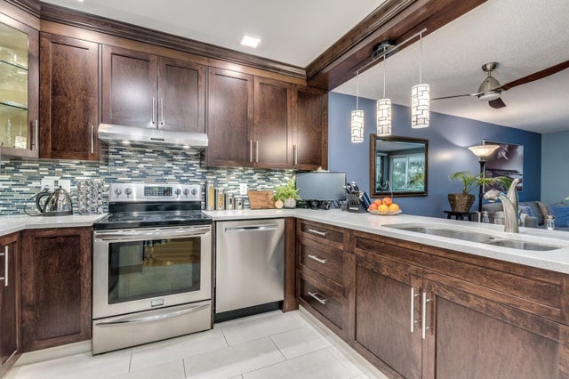 310 15272 19 AVENUE - King George Corridor Apartment/Condo for sale, 3 Bedrooms (R2626613)