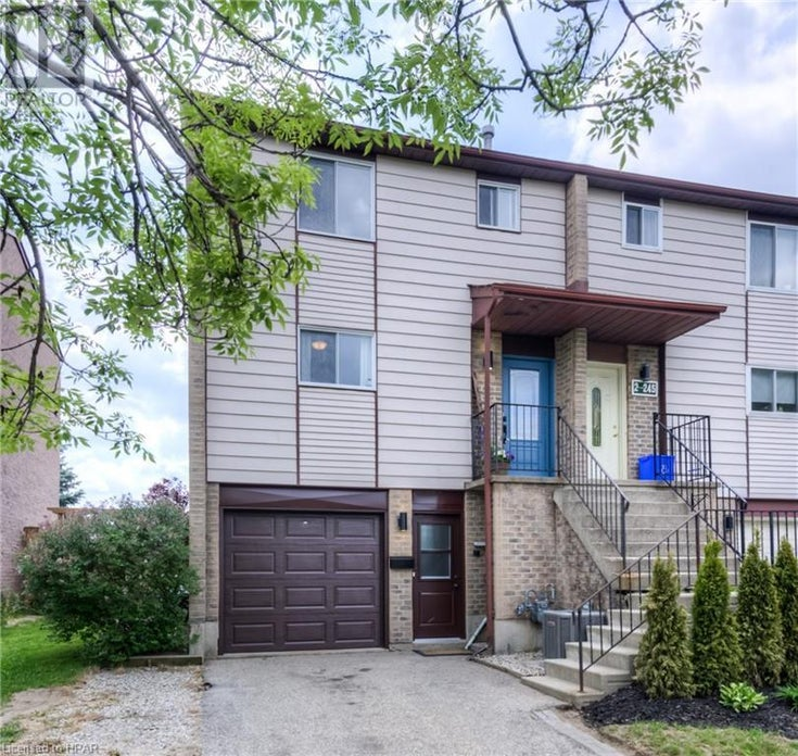 245 CAMELOT Court Unit# 1 - Waterloo Row / Townhouse for sale, 3 Bedrooms (40126606)
