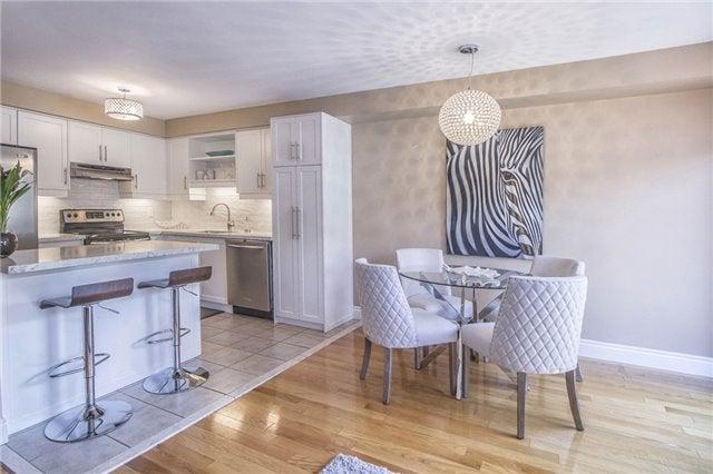 2398 Nichols Drive, Oakville  - Iroquois Ridge North TWNHS for sale, 3 Bedrooms (W3876539)