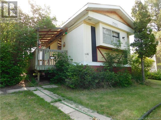 5209 58 Street - camrose Manufactured Home/Mobile for sale, 3 Bedrooms (CA0172508)