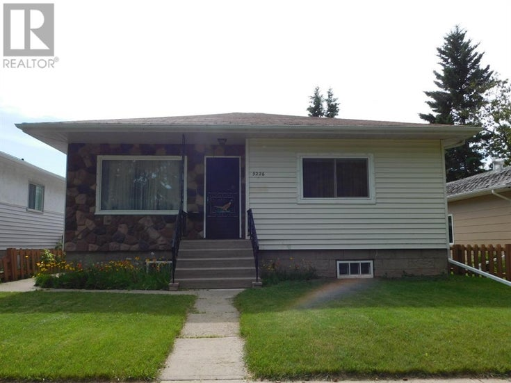 5226 48  Street - camrose House for sale, 3 Bedrooms (A1006139)