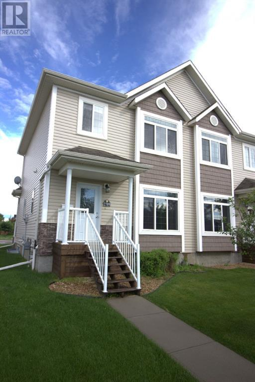 2709 Valleyview Drive - camrose Duplex for sale, 3 Bedrooms (A1008351)