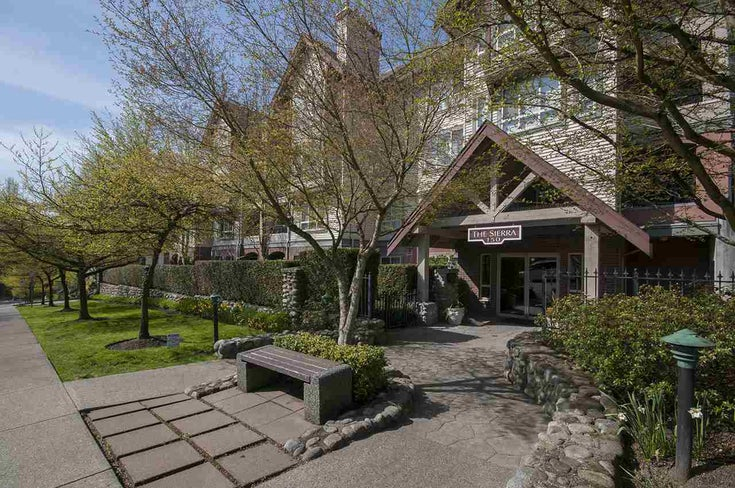 104 150 W 22ND STREET - Central Lonsdale Apartment/Condo for sale, 2 Bedrooms (R2223847)