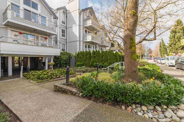 406 876 W 14TH AVENUE - Fairview VW Apartment/Condo for sale, 2 Bedrooms (R2557584)