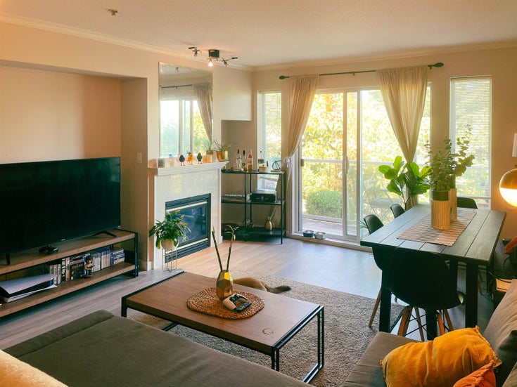 202 4181 NORFOLK STREET - Central BN Apartment/Condo for sale, 1 Bedroom (R2610070)
