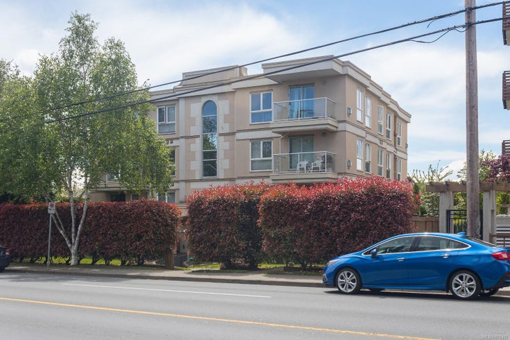 303 331 E Burnside Rd - Vi Burnside Condo Apartment for sale, 2 Bedrooms (876397)