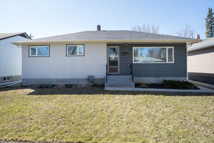 132 Edward Avenue - Winnipeg Single Family for sale, 3 Bedrooms (202108125)