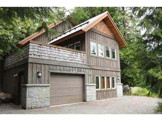 2501 WHISTLER RD - Nordic House/Single Family for sale, 5 Bedrooms (V1072829)