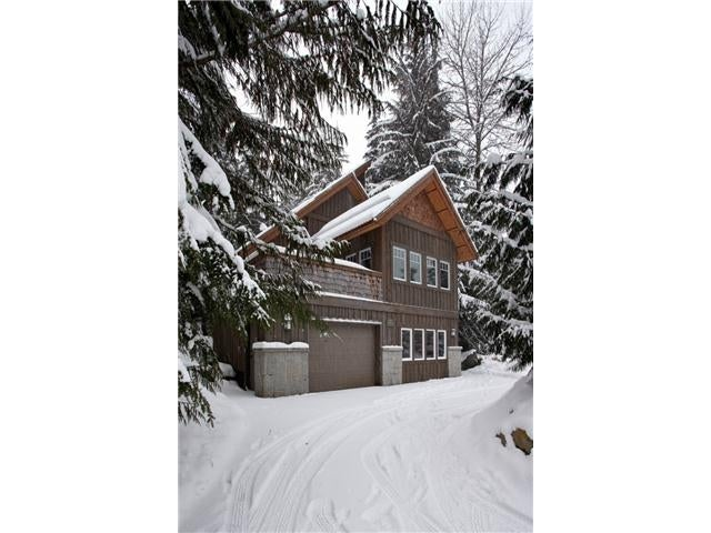 2501 Whistler Road - Nordic House/Single Family for sale, 5 Bedrooms