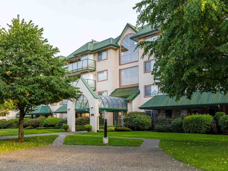 201 2958 TRETHEWEY STREET - Abbotsford West Apartment/Condo for sale, 2 Bedrooms (R2502444)