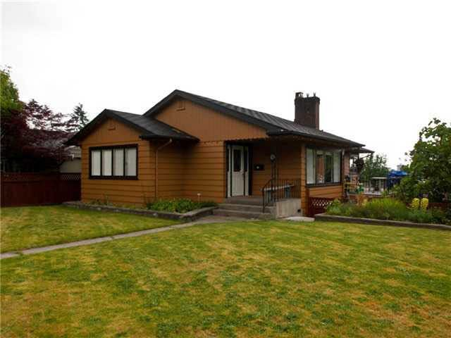 265 W 27th Street - Upper Lonsdale House/Single Family for sale(V837682)
