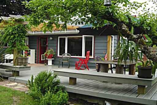 1316 Fernwood Crescent - Norgate House/Single Family for sale(V344421)