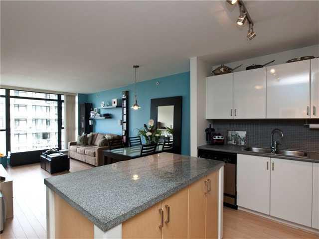 1105 155 W 1st Street - Lower Lonsdale Apartment/Condo for sale(V847520)