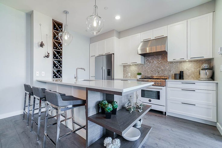 402 33540 MAYFAIR AVENUE - Central Abbotsford Apartment/Condo for sale, 2 Bedrooms (R2494376)