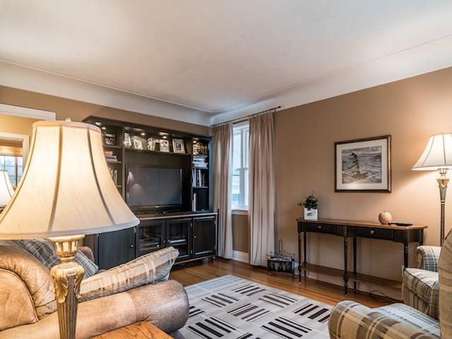 2079 Victoria Avenue, Burlington  - Burlington Single Family for sale, 3 Bedrooms (H4020332)