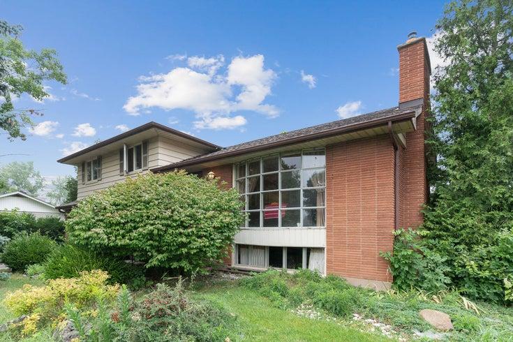 407 Beechwood Crescent - Burlington Single Family for sale, 3 Bedrooms (40019819)