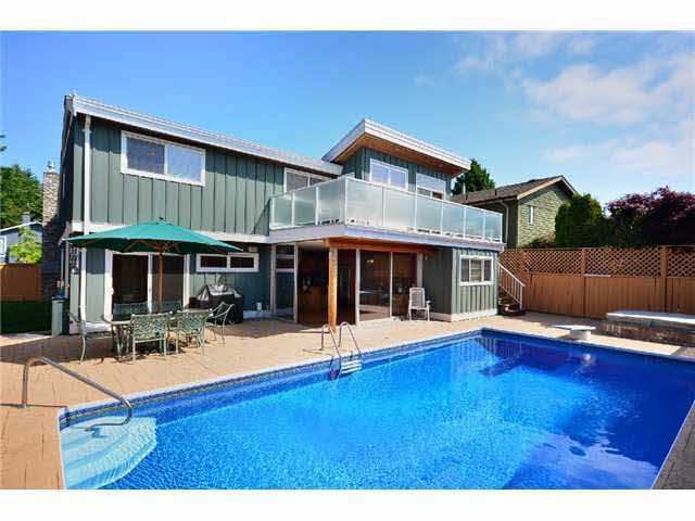 1300 Morris Crescent - Beach Grove House/Single Family for sale, 3 Bedrooms (V893271)