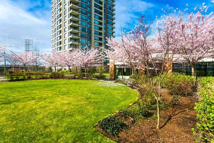 2004 4118 Dawson Street - Brentwood Park Apartment/Condo for sale, 2 Bedrooms (R2028455)