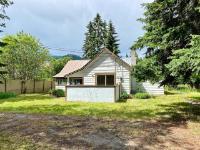8220 North Fork Road - Grand Forks Rural Single Family for sale, 2 Bedrooms (2457066)