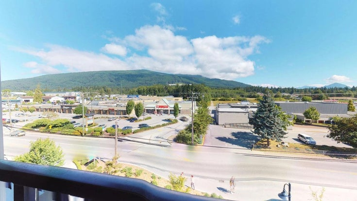 402 875 GIBSONS WAY - Gibsons & Area Apartment/Condo for sale, 2 Bedrooms (R2344889)