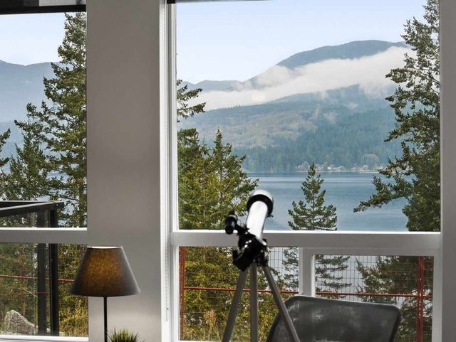 101 5780 MARINE WAY - Sechelt District Apartment/Condo for sale, 1 Bedroom (R2590983)