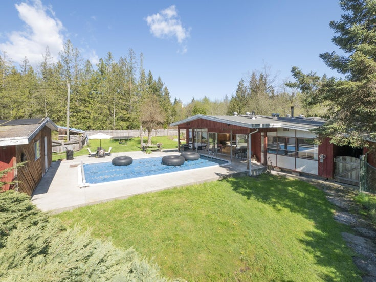 1478 RUSSELL ROAD - Gibsons & Area House with Acreage for sale, 3 Bedrooms (R2361055)