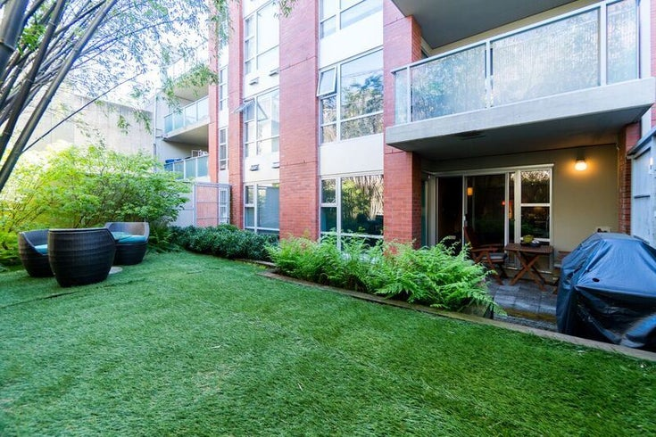 111 3811 HASTINGS STREET - Vancouver Heights Apartment/Condo for sale, 2 Bedrooms (R2162217)