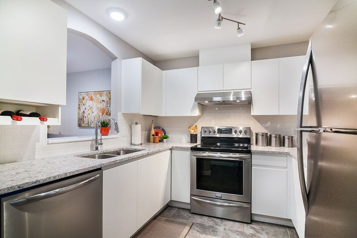 110 8180 JONES ROAD - Brighouse South Apartment/Condo for sale, 2 Bedrooms (R2165281)