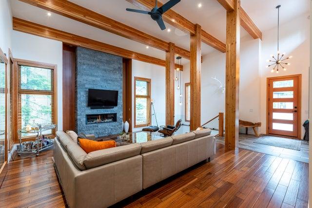 1541 Tynebridge - Spring Creek House/Single Family for sale, 4 Bedrooms (R2383097)
