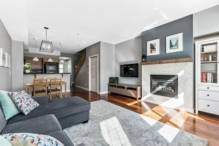204, 2426 34 Avenue SW - South Calgary Row/Townhouse for sale, 2 Bedrooms (A1096310)