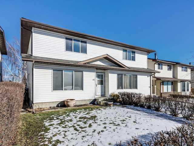 18 BERMUDA WY NW - Beddington Heights Semi Detached for sale, 3 Bedrooms (C3653384)