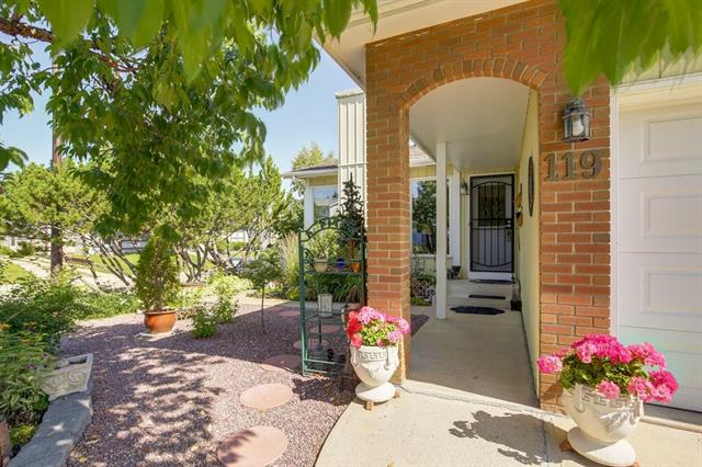 119 BERNARD CL NW - Beddington Heights Detached for sale, 3 Bedrooms (C4261079)