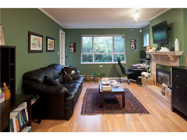 # 105 5577 SMITH AV - Central Park BS Apartment/Condo for sale, 1 Bedroom (V1036508)