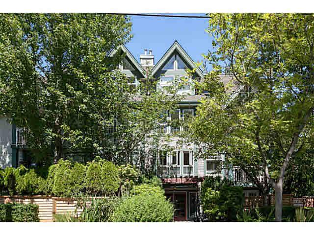 205 1915 E GEORGIA STREET - Hastings Apartment/Condo for sale, 2 Bedrooms (V1137710)