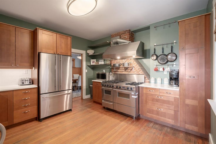 1036 E 12TH AVENUE - Mount Pleasant VE House/Single Family for sale, 5 Bedrooms (R2449270)